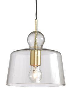 Taklampa med skärm av klarglas och lamphållare av metall. Skärmens höjd 22 cm. Ø 24 cm. Textilsladd, sladdlängd 1,2 m. Takkontakt. Stor sockel.<br><br>Ljuskälla ingår ej. Olika typer av glödlampor har stor påverkan på stil och utseende hos lampan. Prova! <br><br>