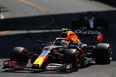 Impresionante la carrera del GP de Azerbaiyán. Una de las más emocionantes de este año y con muchas sorpresas. Lo... Aston Martin, Formula 1, Racing, Awesome, Running, Auto Racing