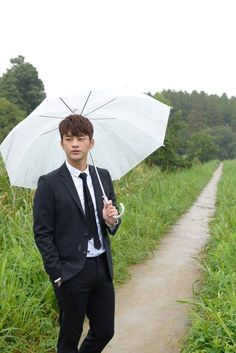 Seo In Guk croons his way into fans' hearts with 'Last Song' PV ahead of Japanese best-of-album release   allkpop