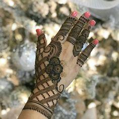 Simple and Stunning Mehandi Design For Every Occasion, New Mehandi Design Mehandi Designs, Floral Henna Designs, Mehndi Designs 2018, Unique Mehndi Designs, Wedding Mehndi Designs, Mehndi Designs For Fingers, Henna Tattoo Designs, Tattoo Ideas, Hand Mehndi