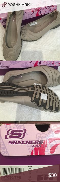 Skechers Bikers Scrunchy Sz 11m Taupe Leather New in Box Skechers Shoes Flats & Loafers