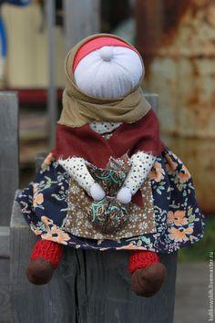 "Купить Кукла ""Осенюшка"" бабка характерная - коричневый, народная кукла, бабка характерная, хозяюшка, хозяйке"