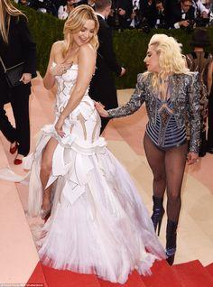 Kate Hudson and Lady Gaga Get Grabby on the Met Gala 2016 Red.: Kate Hudson and Lady Gaga Get Grabby on the Met Gala Lady Gaga Met Gala, Gala Dresses, Wedding Dresses, Lady Gaga Fashion, Lady Gaga Pictures, Silver Dress, Divas, Celebrity Style, Celebrity News