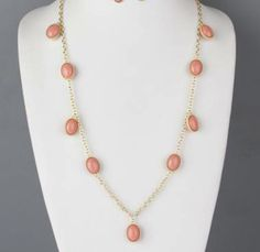 LONG JELLY BEAN NECKLACE IN CORAL