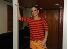 RedeTV! corta entrevista de Claudia Leitte; e o telespectador? | Sob Controle - Yahoo TV
