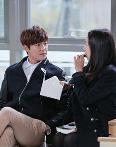 "Lee Min Ho and Park Shin Hye ""Donut Kiss"" ♡ #Kdrama - ""HEIRS"" / ""THE INHERITORS"""