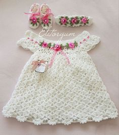 Fantail Baby Dress, Headband and Sandals Free Crochet Diagrams Poncho Au Crochet, Crochet Baby Dress Pattern, Baby Dress Patterns, Baby Girl Crochet, Crochet Baby Clothes, Crochet For Kids, Crochet Patterns, Free Crochet, Pull Bebe