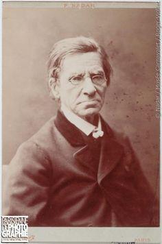 Emile Littré, lexicographe et homme politique français est décédé le #2juin 1881.