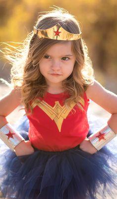 New Wonder Woman Tutu Costume 2017 Wonder Woman Tutu Set Red and Gold Wonder Woman Shirt /& Navy Blue Extra Full Pixie Tutu Skirt