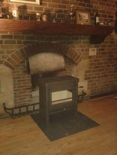 De vrijstaande houtkachel Jacobus 12 geïnstalleerd bij een klant in Rijssen.