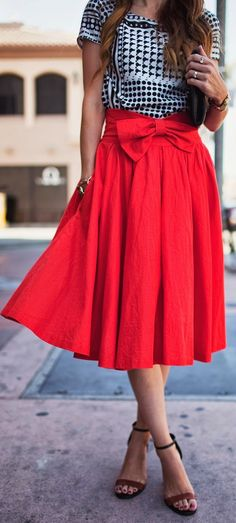 Leanne Barlow Red Front Waist Bow Pleated Mid Calf Skirt