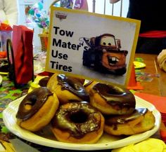 Tow Mater's Used Tires Dessert made of donuts!  Super Duper EASY Lightning…