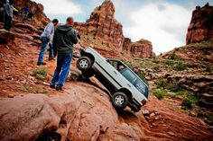 Ultimate Adventure 2015 Final 12 Applicants 12 1998 Land Rover Range Rover