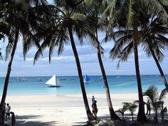 Boracay is the Best Beach in Asia - http://outoftownblog.com/boracay-is-the-best-beach-in-asia/