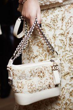 Chanel детали | Коллекции осень-зима 2017/2018 | Париж | VOGUE