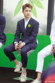 D.O - 170718 Fourth Regular Album 'The War' comeback press conference Credit: 搜狐韩娱. (정규 '더워' 컴백 기자회견) EXO EXO K D.O D.O. 170718 exo im exo k im do im 170718 press conference p:news fs:sohu Kyungsoo, Chanyeol, Kaisoo, Scandal, Exo Korean, Exo Do, Do Kyung Soo, Fandoms, Exo Members