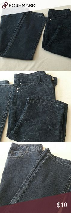 Jeans long and Capri  (LOT of 2)(PETITE) This is a lot of 2. One pair of jeans and one pair of capris. Jeans