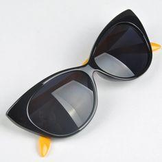 ce7a189a2e Encantadores del ojo de gato de protección UV contra la radiación mujeres  gafas de sol Vintage