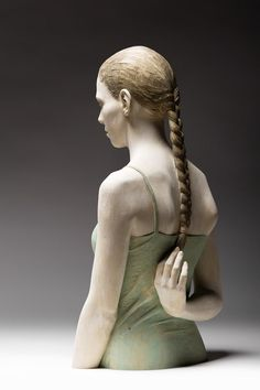 Hyperrealism wood carved sculptures by Bruno Walpoth http://on.fb.me/1vYYHjA  ☼