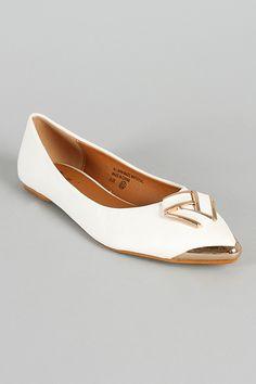 SK0291RX Metallic Decor Pointy Toe Ballet Flat