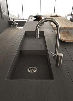 As in the title you are reading above, decorate or replace the sink in your kitchen to look more beautiful and modern. Sink becomes one of the important features in our kitchen. Modern Kitchen Sinks, Kitchen Sink Design, Best Kitchen Designs, Modern Kitchen Design, Interior Design Kitchen, Modern Interior Design, New Kitchen, Kitchen Industrial, Kitchen Ideas