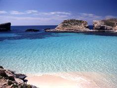 Malta - Blue Lagoon // Malta Direct will help you plan your trip
