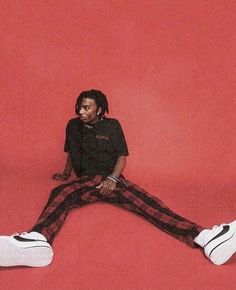 Image shared by Find images and videos about playboi carti and rappers on We Heart It - the app to get lost in what you love. Hip Hop Fashion, Mens Fashion, Fashion Fall, Mode Outfits, Fashion Outfits, Fashion Advice, Mode Hip Hop, Hip Hop Art, Red Aesthetic