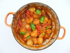 Diet - Moroccan Style Potato Bake = 233 calories Add in: 8 whole canned tomatoes; 2 lemons zest and juice; 900 g gold potatoes Veggie Recipes, Baking Recipes, Dog Food Recipes, Diet Recipes, Healthy Recipes, Veggie Food, Potato Recipes, Recipies, Veggie Meals