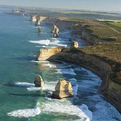 Victoria, #Australia has announced a new event set amongst one of Australia's most iconic landscapes, the 12 Apostles Mountain Bike Classic. Set to take place over three days, from 23 – 25 November, riders will be able to revel in the beauty of the Shipwreck Coast, as they navigate the unique course which encompasses a variety of terrains and challenging trails.