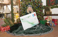 Christkindl-Shopping mit einer Karte als vielfältigem Geschenk Steyr, Advent, Gift Wrapping, City, Cards, Gifts, Gift Wrapping Paper, Wrapping Gifts, Cities
