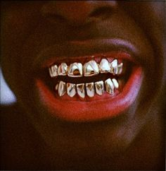 gold teeth, i hate it Dental Humor, Dental Hygienist, Gangsta Grillz, Gold Grill, Run The Jewels, Gold Everything, Gold Teeth, Aesthetic People, Beautiful Mind