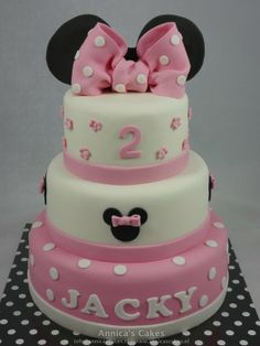 Sweet minnie ears cake - by Annicascakes @ CakesDecor.com - cake decorating website
