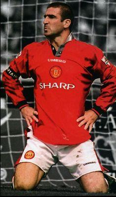 Eric Cantona of Man Utd in Best Football Team, Retro Football, Football Photos, Vintage Football, Football Soccer, Football Players, Manchester United Team, Manchester United Wallpaper, Eric Cantona