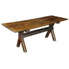1stdibs | Rare Sawbuck Dining Table, Chestnut and Pine, 1st quarter 18th century, probably American - New England