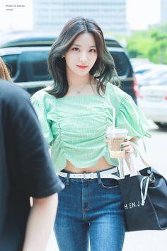 Fashion Tag, Kpop Fashion, Daily Fashion, Korean Fashion, Kpop Hair Color, Cute Korean, Airport Style, Ulzzang Girl, Kpop Girls