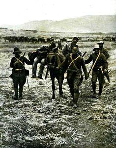 alcantara.forogratis.es - Ver Tema - Desastre de Annual (Reportaje fotografico) Military History, Warfare, Wwii, Spanish, Empire, Travel, Ideas, Civil War Photos, War Photography