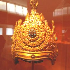 Gold Crown from ancient Thailand MET  NYC