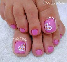 Manicure Pedicures toe nail art designs, toe nail art summer, summer beach toe nails Can Hair Dye Ca Pretty Pedicures, Pretty Toe Nails, Cute Toe Nails, My Nails, Gel Toe Nails, Beach Toe Nails, Summer Toe Nails, Beach Nail Art, Toenail Art Designs