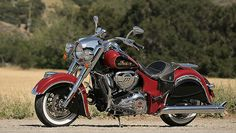 2015 Two-Tone Paint: Indian Motorcycle Red and Thunder Black