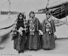 TLINGIT GIRLS , 1903