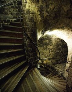 Staircase in Edinburgh Castle, Scotland Edinburgh Castle is an historic fortress which dominates the skyline of the city of Edinburgh, Scotland Scary Places, Haunted Places, Abandoned Places, Places To See, Places Around The World, Around The Worlds, Stairway To Heaven, Tower Of London, London England
