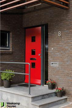 WK 1961 | Moderne Weekamp voordeur. FSC TriComfort gemaakt van Tricoya. - hoge vormstabiliteit - glad oppervlak - hoge isolatiewaarde - laag gewicht - extreem duurzaam - standaard FSC gecertificeerd. Voor meer informatie kijk op: www.weekamp-deuren.nl Decor, Sweet Home, Outdoor Decor, Red Cedar, Curb Appeal, House, Garage Doors, Home Projects, Cedar