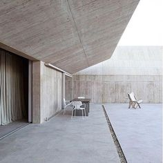 "108 Likes, 3 Comments - Basic Habitat (@basichabitat_) on Instagram: ""Minimalist perfection 🙌🏻 Villa Além by Valerio Olgiati 👏🏻   #Portugal #Architecture #Villa…"""