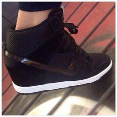 Sneakers con cuña de Nike