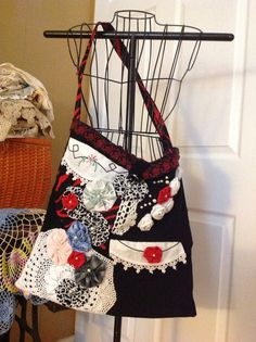 Recycled Fabric Market Bag  by TreasureFromMyTrunk on Etsy, $32.00 Market Bag, Recycled Fabric, Recycling, Crafty, How To Make, Bags, Etsy, Vintage, Fashion