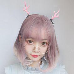 Korean students button cute wigs inside their bangs Kawaii Hairstyles, Hairstyles With Bangs, Wig Styles, Short Hair Styles, Kawaii Wigs, V Hair, Download Hair, Peach Aesthetic, Girl Trends