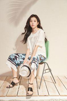 Korean Drama Stars, Korean Star, Korean Actresses, Korean Actors, Han Hyo Joo Fashion, Instyle Magazine, Cosmopolitan Magazine, Lee Hyun, Kim Woo Bin