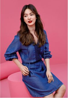 New Pic from Esprit 👗💙 . Fashion 2017, Look Fashion, Korean Fashion, Korean Beauty, Asian Beauty, Asian Woman, Asian Girl, Song Hye Kyo Style, Songsong Couple