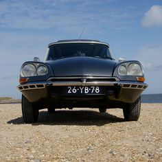 citroen ds pallas, de snoek by edartr, via Flickr