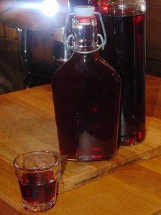 Brombeer - Aufgesetzter, ein tolles Rezept aus der Kategorie Likör. Bewertungen: 16. Durchschnitt: Ø 4,3.